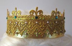 green crown by bitterbethany, via Flickr