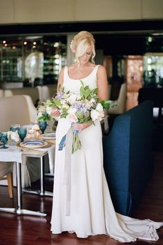 Modern Boho Meets Classic Elegance | The Perfect Palette Perfect Wedding Dress, Dream Wedding, Bride Look, Classic Elegance, Bridesmaid Dresses, Wedding Dresses, Modern Boho, Looking Stunning, Beautiful Bride