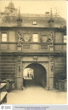(Darmstadt, 1906)