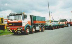 Mercedes Truck, Mercedes Benz, Heavy Duty Trucks, Transporter, Dump Truck, Classic Trucks, Tractors, Transportation, Vehicles