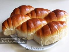 overnight_poolish_buns Dough can be frozen. Defrost, then proof 1 time. Then again second time. Soft Buns Recipe, Soft Bread Recipe, Bun Recipe, Bread Machine Recipes, Bread Recipes, Baking Recipes, Bread Bun, Bread Cake, Overnight Bread Recipe
