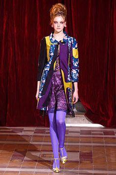Christian Lacroix Fall 2004 Ready-to-Wear Fashion Show - Caroline Trentini (Elite)