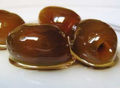dessert out of olives Greek Sweets, Greek Desserts, Greek Recipes, Fun Desserts, Whole Food Recipes, Delicious Desserts, Cooking Recipes, Yummy Food, Greek Cooking