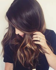 The most popular highlights for dark hair are light brown or caramel balayage, but there are no limits on color for a balayage hairstyle. Look below for the top balayage for dark hair to find your inspiration. Brown Hair Looks, Light Brown Hair, Dark Hair, Dark Brown, Brown Hair Balayage, Brown Hair With Highlights, Dark Balayage, Balayage Color, Caramel Highlights