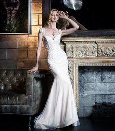 Graceful beauty in Victor Harper Couture Photographer: @michaelwilliampaul Accessories: Cheryl King @cherylkingltd Location: @ElectricRoomNYC @DreamHotels #BridalShoot #weddingphotography #wedding #instaglam #instabling #fashion #BridalShoot #weddingphotography #wedding #bride #bridetobe