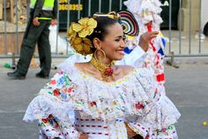 Leah lays out a handy list of Do's and Don'ts to consider when attending the second largest Carnival celebration in the world, Carnaval de Barranquilla.