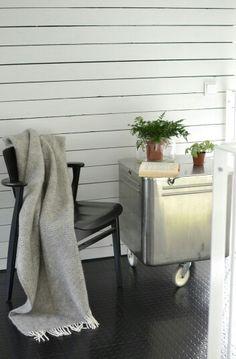 Dining Bench, Interior Decorating, Loft, Blanket, Bed, Interiors, Furniture, Design, Home Decor