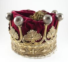 Earl Amherst coronet. Earl Amherst, of Arracan in the East Indies, was a title in the Peerage of the United Kingdom. It was created on 19 December 1826 for William Amherst, 2nd Baron Amherst, the Governor-General of India. The titles became extinct on the death of the fifth Earl in 1993. http://en.wikipedia.org/wiki/Earl_Amherst