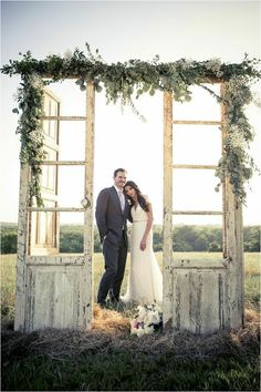 eye-catching Outdoor Spring Wedding Arches Inspirations https://bridalore.com/2017/12/21/outdoor-spring-wedding-arches-inspirations/