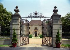 french chateau courtyards - Google Search