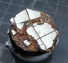 How to make Prospero tiles marbles bases and paint them! - Bases and Terrain Tutorials Warhammer 40k Figures, Warhammer 40000, Bolter And Chainsword, Miniature Bases, Cork Sheet, Minis, Base Building, Necron, Mini Paintings