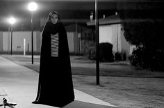 A Girl Walks Home Alone At Night: fabulous Iranian-American vampire movie that's New Wave/spaghetti Western/romance/feminist revenge fantasy/horror/film noir all in one. Not gory. Horror Movies On Netflix, Best Horror Movies, Horror Films, Scary Movies, Good Movies, Horror Villains, 18 Movies, Female Villains, Awesome Movies