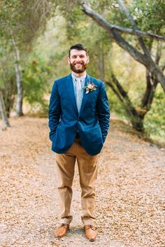 Groom style, groom outfit, blue and khaki groom, crew groom, frank and oak, floral tie wedding, caramel pants brown leather shoes, blue suit coat, 2016 groom attire Ruffled - photo by Cara Robbins Photography http://ruffledblog.com/floral-inspired-treehouse-wedding | Ruffled