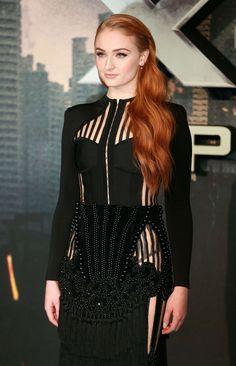 Sophie Turner – 'X-Men Apocalypse' Premiere in London.
