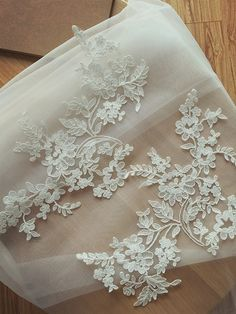 Large Alencon Lace Applique in Ivory for Wedding Veils by lacetime