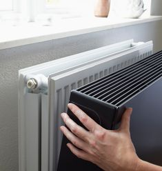 Our basis Sentimo Radiator Cover is specifically designed for optimal heat transmission. However in some situations it is preferred that the surface temperature is lower than normal. For example in a space where there are unattended children, a workin Interior Design Living Room Warm, Interior Design Kitchen, Living Room Designs, Living Room Colors, Home Living Room, Casa Loft, Radiator Cover, Small Room Bedroom, House Styles