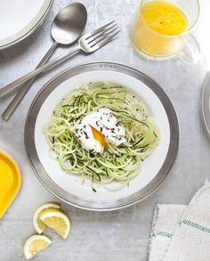 Salade de courgettes, oeufs pochés pour 4 personnes - Recettes Elle à Table