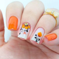 This post we have put together some nail art design ideas about the flower. You can refer to and choose to try and make your nails shiny. No matter the occasion, try one of the 50 cute nail designs below. Pretty Nail Art, Beautiful Nail Art, Gorgeous Nails, Fall Acrylic Nails, Acrylic Nail Designs, Nail Art Designs, Nail Manicure, Toe Nails, Ongles Forts