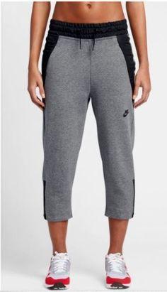 Nike Women's Sportswear Tech Fleece Crop Pants 831711 091 Gray NEW Size  Medium #Nike #