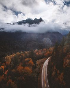 Oh, Sunday drives After three hours of trekking back and forth along Stevens Pass Highway, the clouds finally parted for a bit and Mount Index showed its beautiful self. Photo by Kyle Kotajarvi. Beautiful World, Beautiful Places, Nature Architecture, Fall Inspiration, Autumn Cozy, Autumn Aesthetic, Autumn Photography, Amazing Nature, Beautiful Landscapes