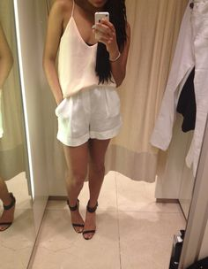 Blouse/white shorts/heels