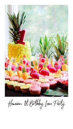 Luau Birthday Cakes, Luau Cakes, 1st Birthday Party For Girls, Birthday Stuff, 7th Birthday, Birthday Ideas, Baby Cake Smash, Luau Party, Girl Cakes