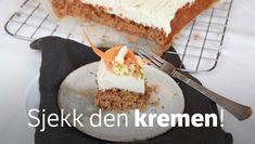 Revet gulrot gjør denne kaken til en saftig suksess. Gulrotkake er godt likt av både unge og voksne. Pie, Pudding, Sweets, Cookies, Baking, Desserts, Norway, Food, Inspiration