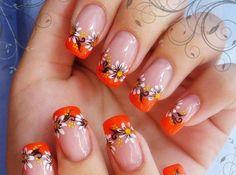 unhas-decoradas-com-flores-laranja.jpg (600×446)