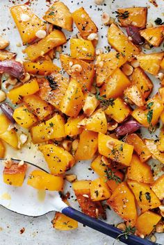 Enjoy this roasted swede with honey, thyme and hazelnuts as an accompaniment to a roast, or with simply grilled meat or fish. | Tesco