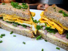 Taková rychlovka, která nejen že dobře chutná, ale i hezky vypadá :-) Ale, Sandwiches, Food, Beer, Ale Beer, Essen, Paninis, Ales, Yemek