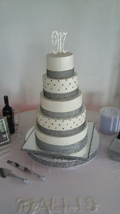 5 -tier wedding cake