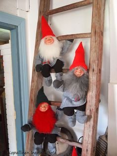 Kopallinen inspiraatiota Tyynelän tonttula - Tonttu - Elf - christmas deco Christmas Deco, Ladder Decor, Elf, Cards, Home Decor, Homemade Home Decor, Christmas Decor, Decoration Home, Room Decor