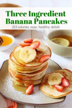 Three Ingredient Banana and Egg Pancakes for just 213 calories and 1 Weight Watchers Freestyle SmartPoint. Ready in less than 10 minutes and can be made with any flour to fit your diet. Banana Recipes Diabetic, Banana Pancake Recipes, 3 Ingredient Pancakes Banana, Banana Pancakes No Flour, Healthy Pancake Recipe, Banana Pancakes 2 Ingredients, Banana Pancakes For Baby, Healthy Banana Pancakes, Paleo Pancakes Almond Flour