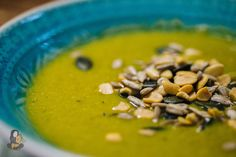 Vegane Rosenkohl-Ingwer Suppe