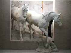 cool horse sculpture, don't know the artist