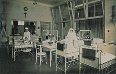 Het katholieke Gerardus Majella Ziekenhuis in Bussum werd in 1910 opgericht door Anton Dreesmann. Hier werkten vooral religieuze zusters en katholieke lekenverpleegsters