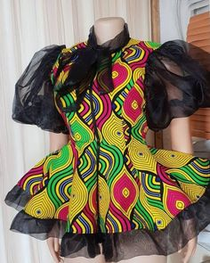 African Print Dress Designs, African Print Fashion, African Design, African Fashion Dresses, African Dress, African Blouses, African Tops, Ankara Blouse, Ankara Tops
