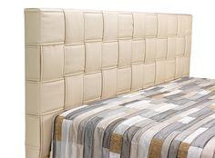 Boxpsring Karin je potažena koženkou, u čela proplétanou. Postel má úložný prostor, který se otevírá pomocí pístů. Cena za postel o rozměrech 180 x 200 cm včetně pružinové základny a sendvičových matrací od 19 451 Kč; Blanář Nábytek Mattress, Bed, Furniture, Home Decor, Homemade Home Decor, Stream Bed, Mattresses, Home Furnishings, Beds