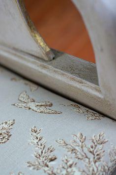 paloma chair detail