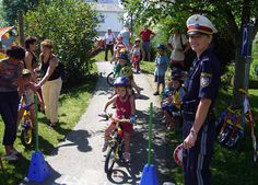 Does your kid want to bike to school? Teach them how!