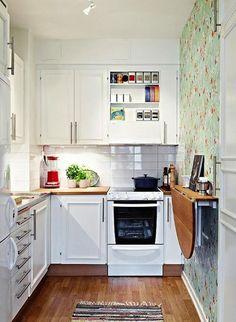 11 trucos para hacer de una cocina pequeña un espacio más grande.    Mil Ideas de Decoración