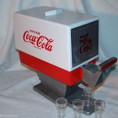 1967 FIRST LIFE OBSESSION...NEVER REALIZED...WHAT WERE MY PARENTS THINKING!  1960's Toy Drink  Coca-Cola Soda Dispenser with 4 glasses