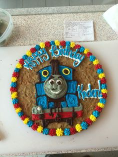 Cake Cookie Cake Designs, Cookie Cakes, American Cookie, Cookie Cake Birthday, 3rd Birthday, Cake Ideas, Kids Rugs, Desserts, 3 Year Olds