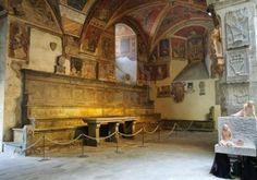 Palazzo dei Vescovi: cortile
