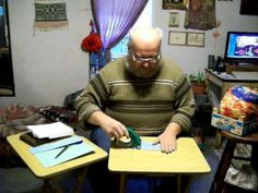 Bobbin Lace Making: Constructing a Cookie Pillow - YouTube