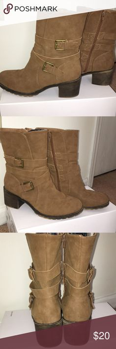 Rampage boots Size 8.5 rampage boots good condition does have scuff on toe. Lots of life left! Rampage Shoes Combat & Moto Boots