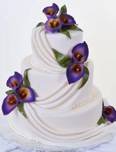 Pastry Palace Las Vegas - Wedding Cake #586 – Drapes & Lilies