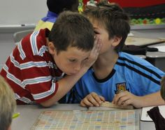 Corkboard Connections: Host a Classroom Scrabble Tournament . a terrific and educational activity for the end of the school year! End Of School Year, Summer School, School Fun, School Ideas, School Stuff, Classroom Games, Classroom Organization, Classroom Management, Classroom Ideas