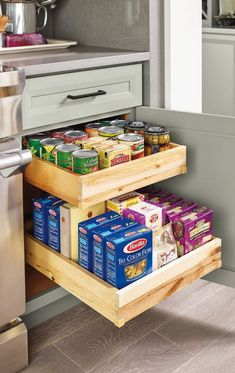 Have a small kitchen? Plenty of storage can help you stay organized and maximize your space. Have a small kitchen? Plenty of storage can help you stay organized and maximize your space. Diy Kitchen Storage, Kitchen Cabinet Organization, Kitchen Drawers, Home Organization, Kitchen Sinks, Kitchen Countertops, Updating Kitchen Cabinets, Farmhouse Storage And Organization, Pantry Storage