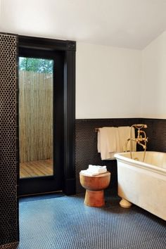 Look We Love: Penny Tile in the Bathroom